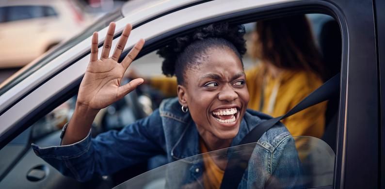 vrouw-in-auto