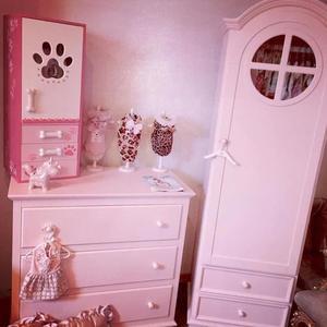roze hondenkamer