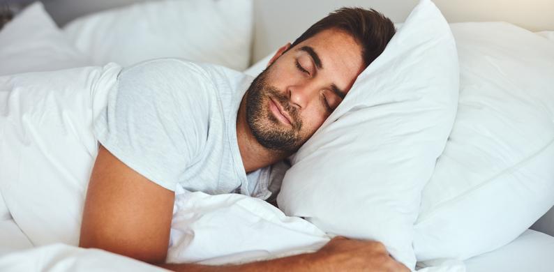 mannen slapen