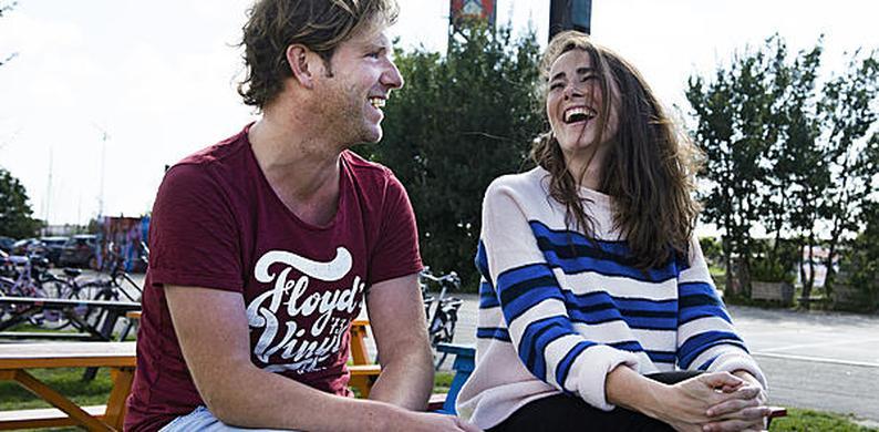 Dating voorkeuren race B2 online dating site