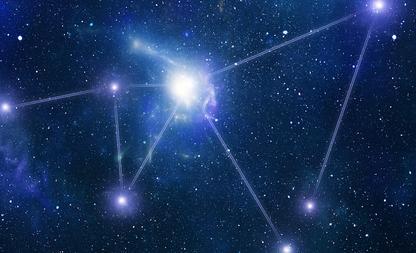 Sproeten sterrenbeeld tattootrend