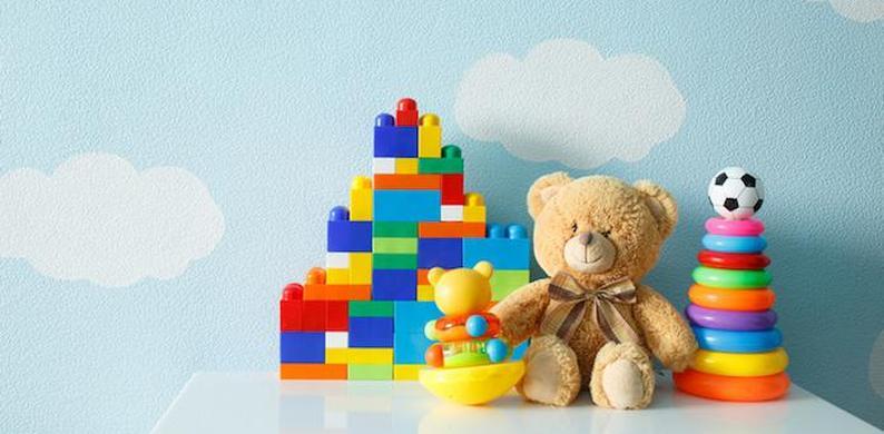 55b2f2ba900ef8 Waarom je beter geen tweedehands speelgoed kunt kopen - V!VA - Niets ...