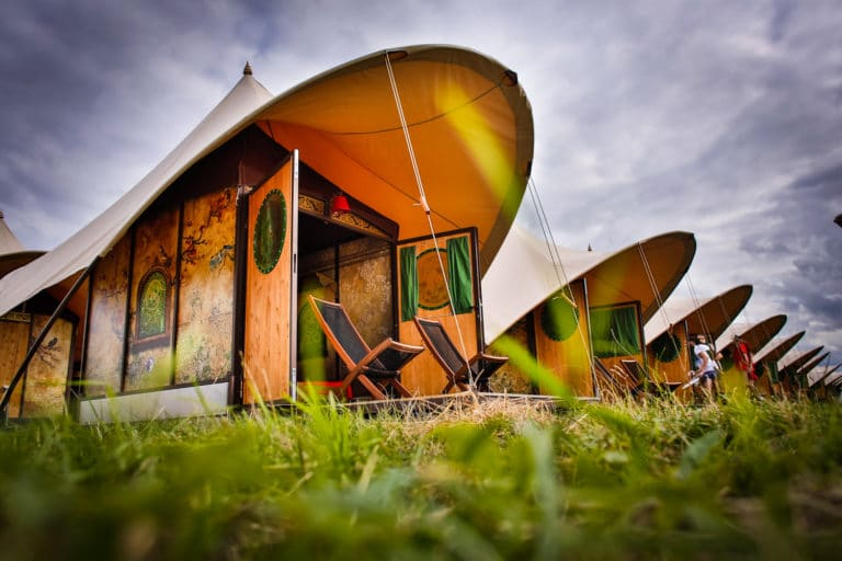 glamping flores lowlands