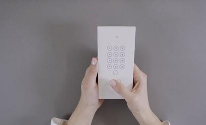 envelop smartphone