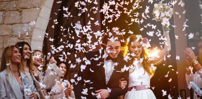 Blijft Lastig Hoeveel Geld Geef Je Cadeau Bij Een Bruiloft