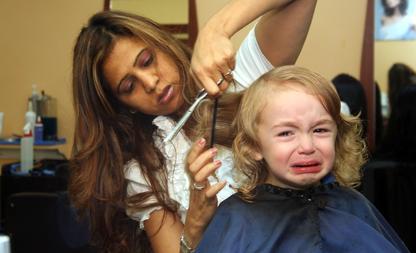 Tijdloosheid in de spiegel van de kapper