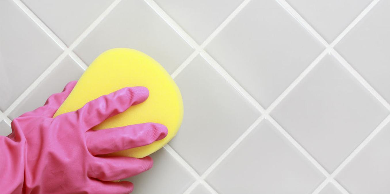 De voegen in je badkamer: zo krijg je die krengen wél schoon - V!VA ...